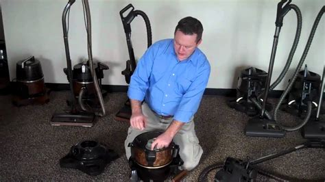 How To Clean A Water Seperator On A Rainbow Vacuum Cleaner ...