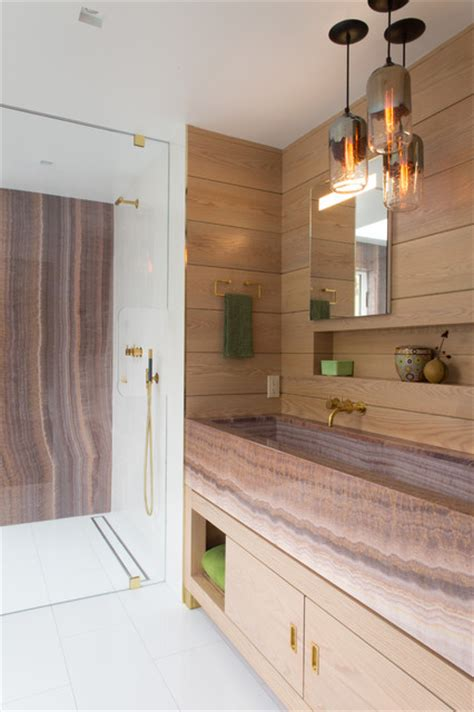 Room of the Week: A Luxurious Timber-clad Bathroom in New York